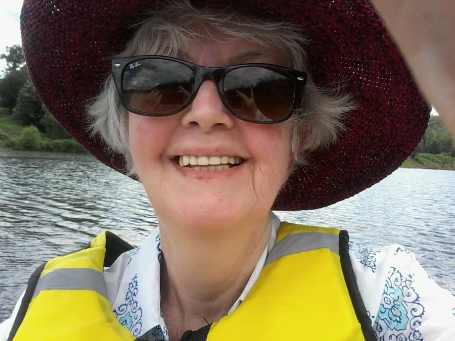 enjoying-a-paddle